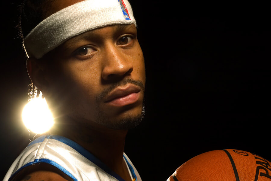 allen iverson signed a massive contract wuith the 76ers