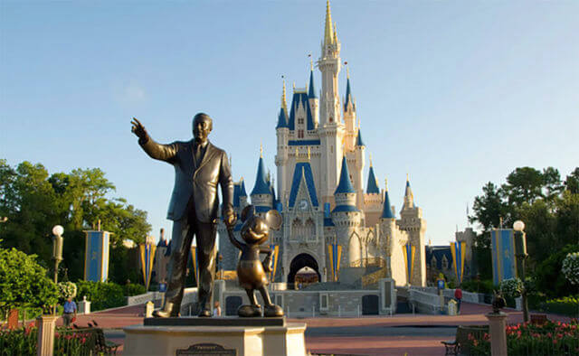secrets-about-disney-world-90661-58998.jpg
