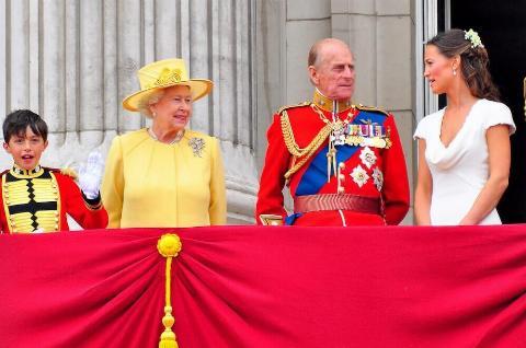 british-royal-family-rules-25