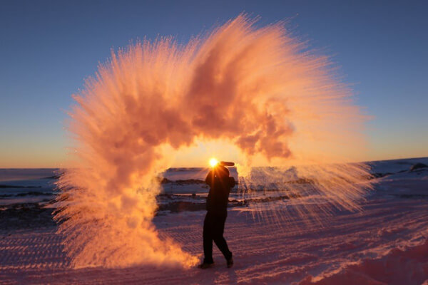Hot-water-thrown-into-the-air-in-Antarctica.jpg