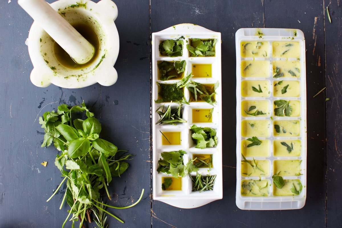 freeze fresh herbs in olive oil