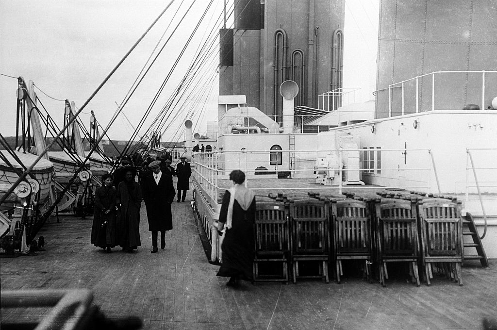 titanic top deck black and white