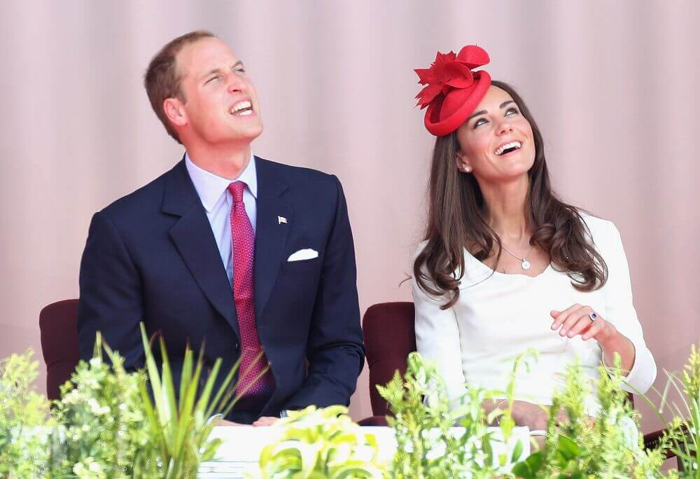 Kate-Middleton-looking at sun and Prince William is squinting