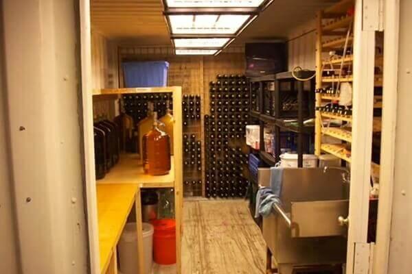digahole21-wine cellar container