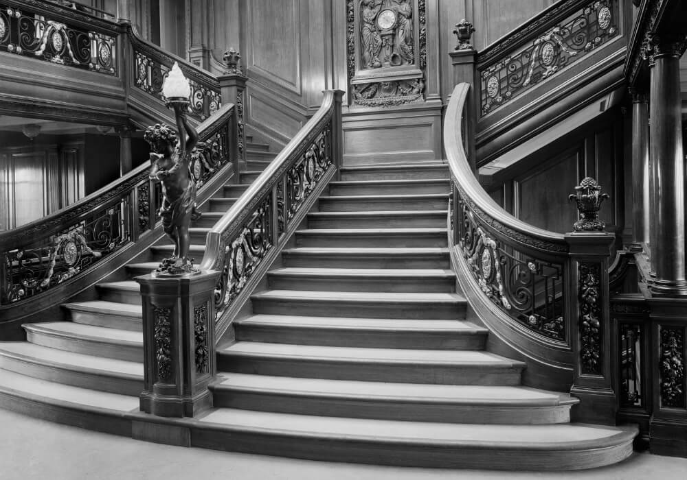 titanic-5-staircase black and white