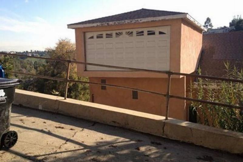 funny-architect-construction-fails-you-had-one-job-22-5821cad7388f4__605
