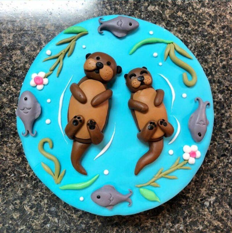 a really cute otter cake