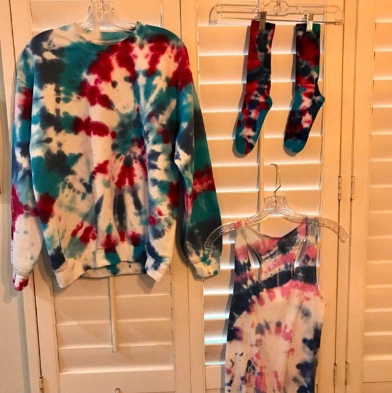 tie dye clothes