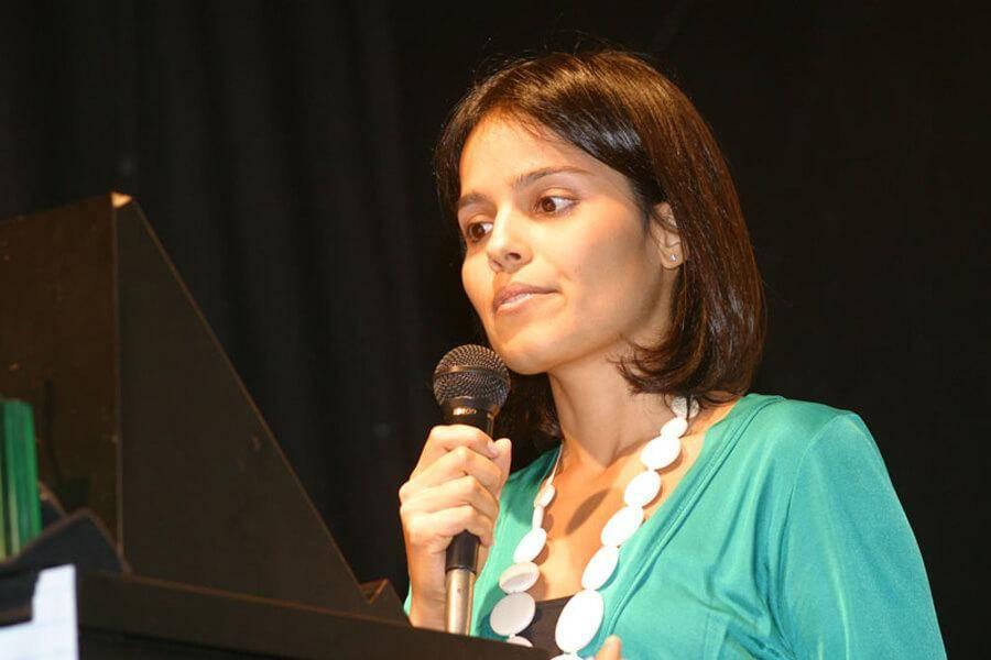 Ana-Lucia-de-Mattos-Barretto-Villela-41879-59022