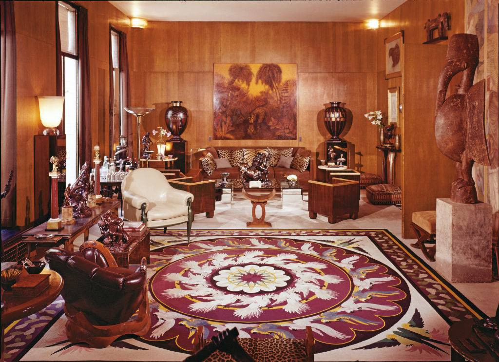 Picture of brown furniture