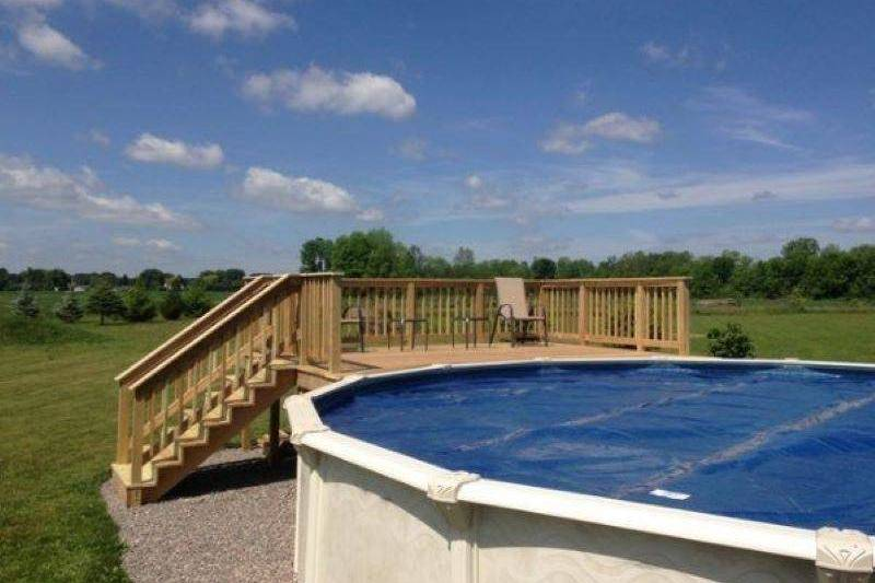 pool-deck19-19333