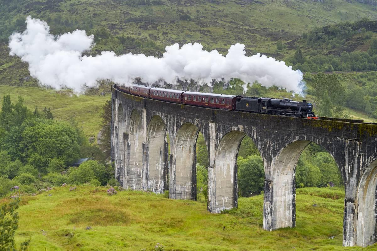 The Jacobite Steam Train, Glenfinnan Viaduct, Scotland