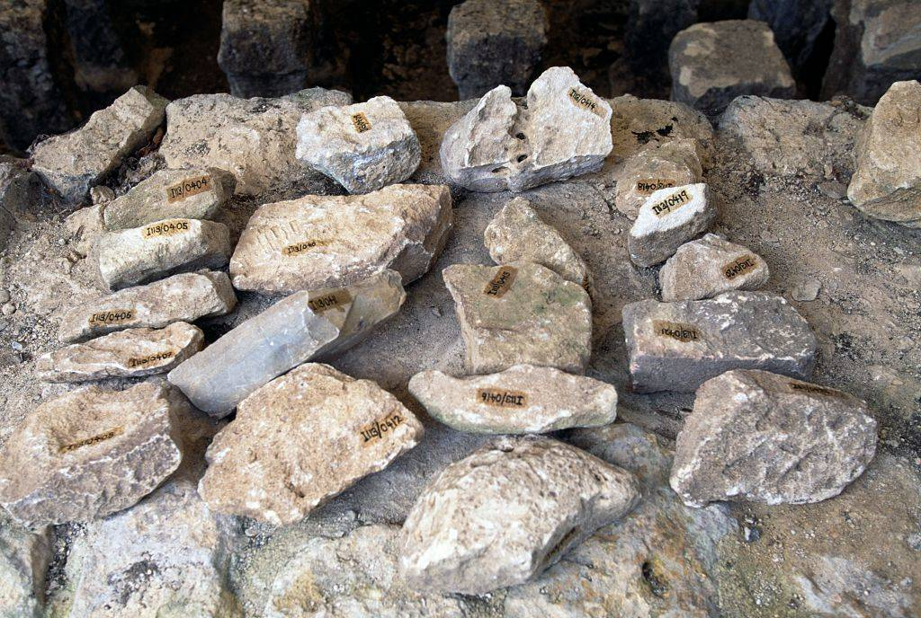 Picture of stones