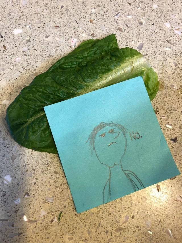 child responded to lettuce in lunch with a post it note that said